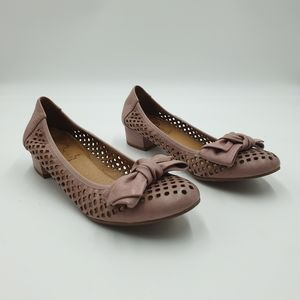 Wonders Made in Spain AUS9 Pink Perforated Leather Low Block Heel Flats